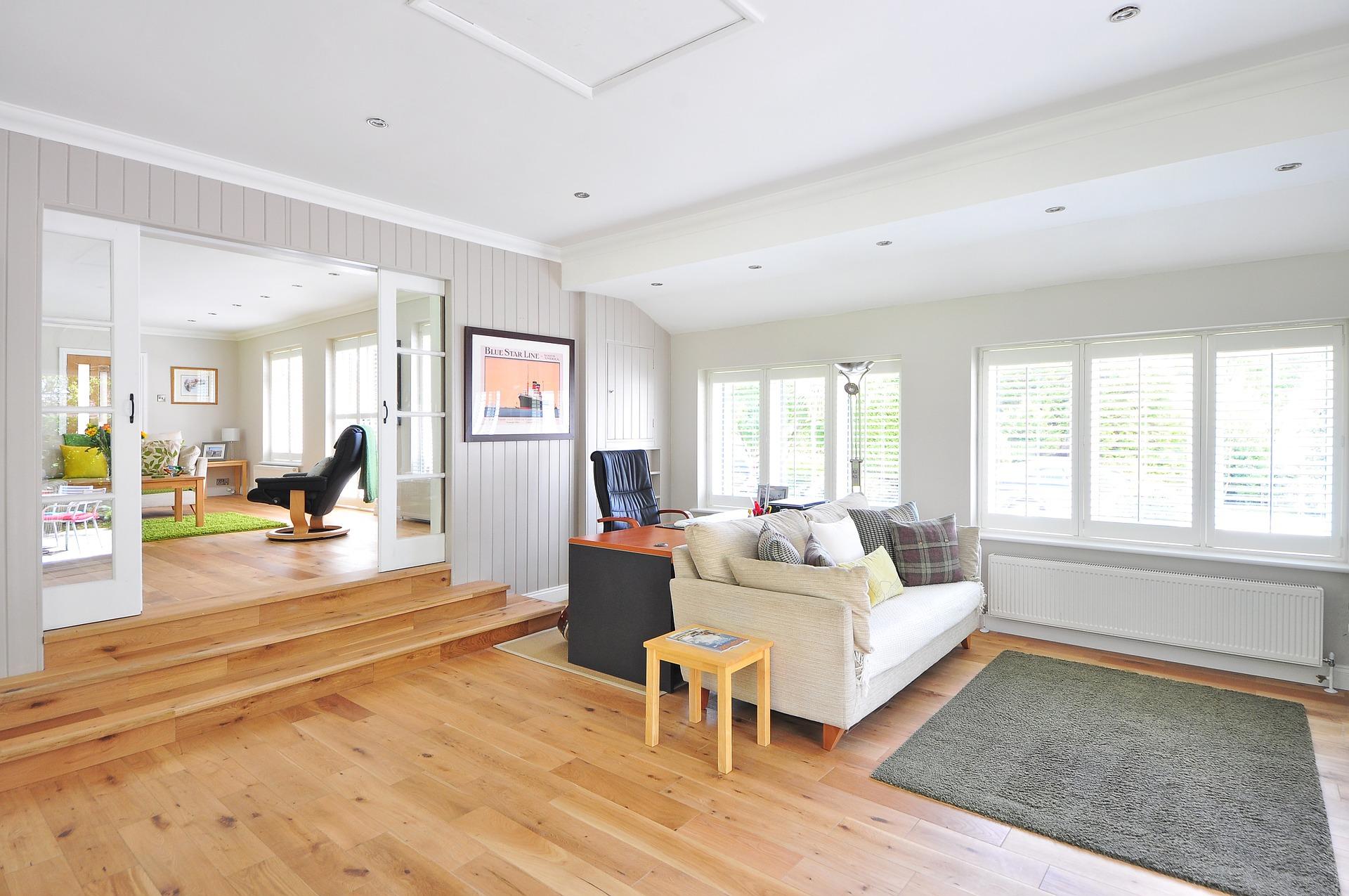 Obývák, dřevěná podlaha