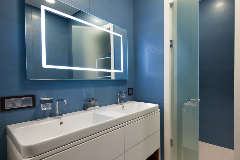 Šedomodrá koupelna