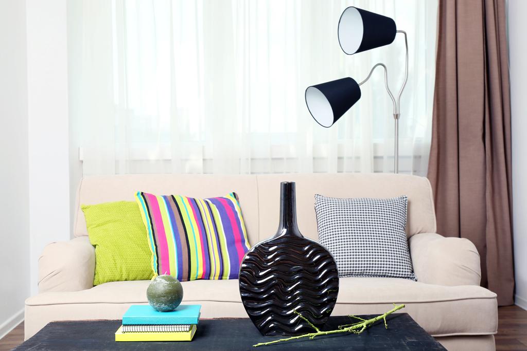 Dvoubodová stojací lampa