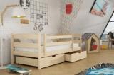 Výprodej – Dětská dřevěná postel se zábranou Jeroným – moření bílá, 90 x 200 cm