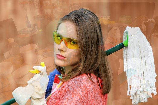 Úklid mopem na pracovištích není úklid, pouze rozetře špínu